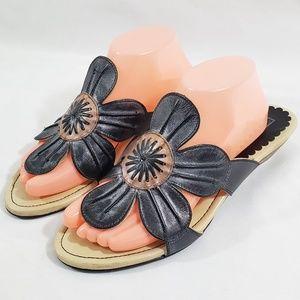 Pikolinos Women's Black Leather Flip Flop Flower